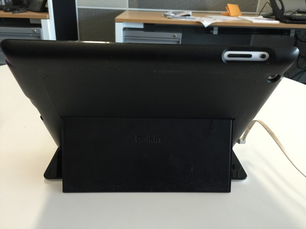 Belkin Keyboard for the iPad: back